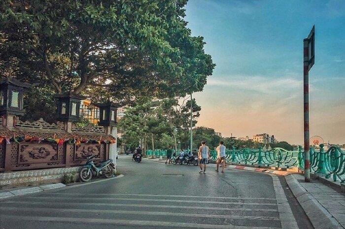 Hồ Tây là một trong những điểm đến gần như không thể bỏ qua khi du khách đến với Thủ đô Hà Nội